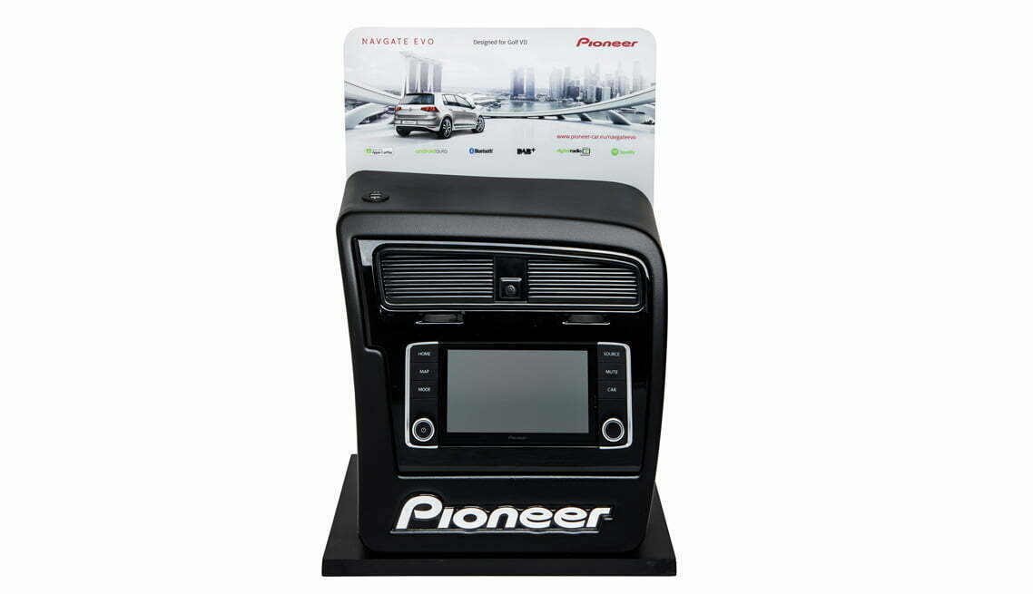 Pioneer car player