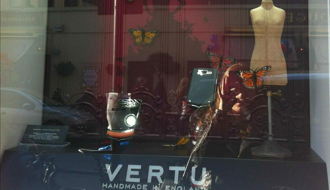 Vertu Window